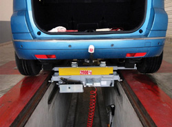 Levage VL, Traverse de levage pour fosses AM678-904, ACTIA Automotive.