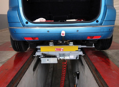 Levage VL traverse de levage pour fosses AM678-904, ACTIA Automotive.